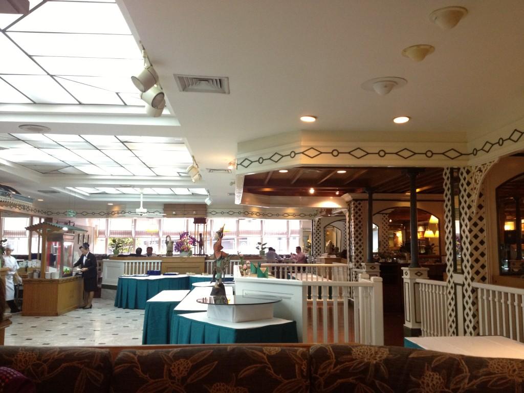 โรงแรมมณเฑียร (2)